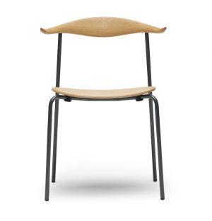 Chaise CH88T en acier époxy et bois de hêtre