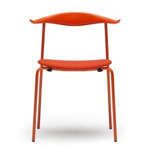 Chaise CH88T base orange-rouge en bouleau coloré et assise en tissu