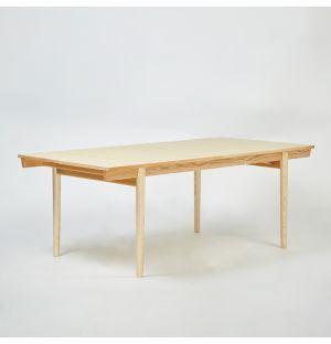 Table extensible en frêne Severn