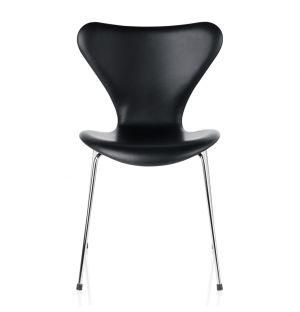 Chaise Série 7 - modèle 3107 tapissée de cuir Basic noir