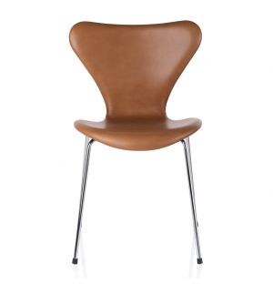 Chaise Série 7 - modèle 3107 tapissée de cuir Extreme walnut