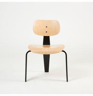 Chaise SE42 en bois de hêtre naturel et noir