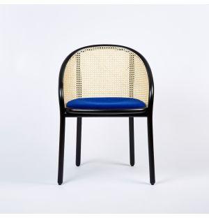 Chaise Latis en cannage et tissu Kavdrat bleu - Modèle d'exposition