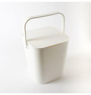 Boîte blanche en plastique