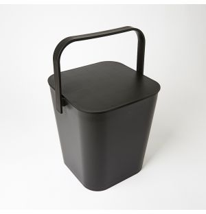 Boîte noire en plastique