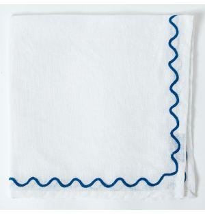 Serviette de table à broderies bleues