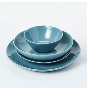 Pintura Washed Dinnerware Collection