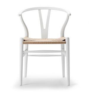 Chaise blanche Wishbone CH24 - édition spéciale