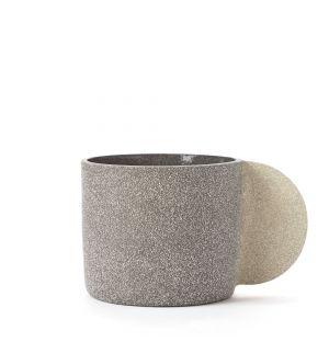 Grand mug gris foncé
