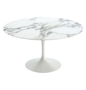 Table Tulip en marbre Arabescato - piètement blanc - 137cm