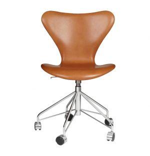 Chaise de bureau Série 7 - modèle 3117 en cuir Grace walnut - Fritz Hansen