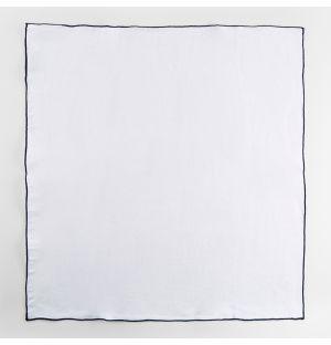 Serviette de table en lin blanc à bords bleu marine