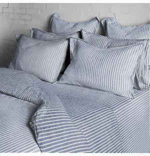 Collection de linge de lit bleu à rayures