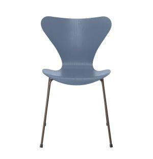 Chaise Série 7 Chair en frêne coloré et piètement bronze