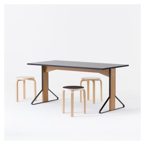 REB 012 Table